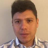 Carlos Arcila  Calderón
